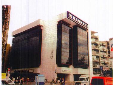 T. İş Bankası A.Ş.-Karşıyaka Şube ve Hizmet Binası İnşaatı